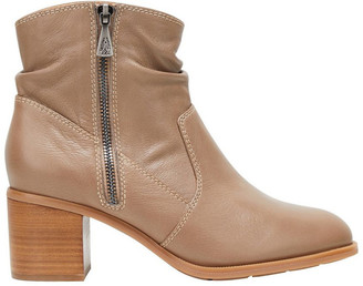 Hush Puppies Flame Taupe Boot