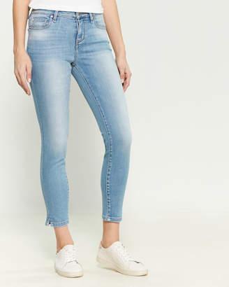 Habitual Marina Mid-Rise Ankle Jeans