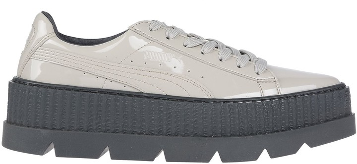new style 601a1 0ae21 Sneakers