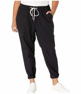 Levi's Women's Plus-Size Jet Set Jogger Jeans