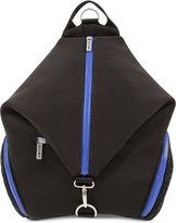 2xist Men's Scuba Convertible Backpack