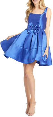 Mac Duggal Square-Neck Bow Fit And Flare Dress