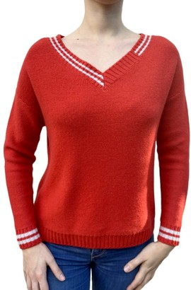 Van Kukil - V Neck Cashmere Jumper with V Neck - Poppy Red - XS