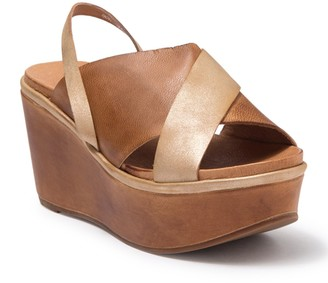 Antelope Two-Tone Platform Wedge Slide Sandal