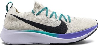 Nike Zoom Fly Flyknit sneakers