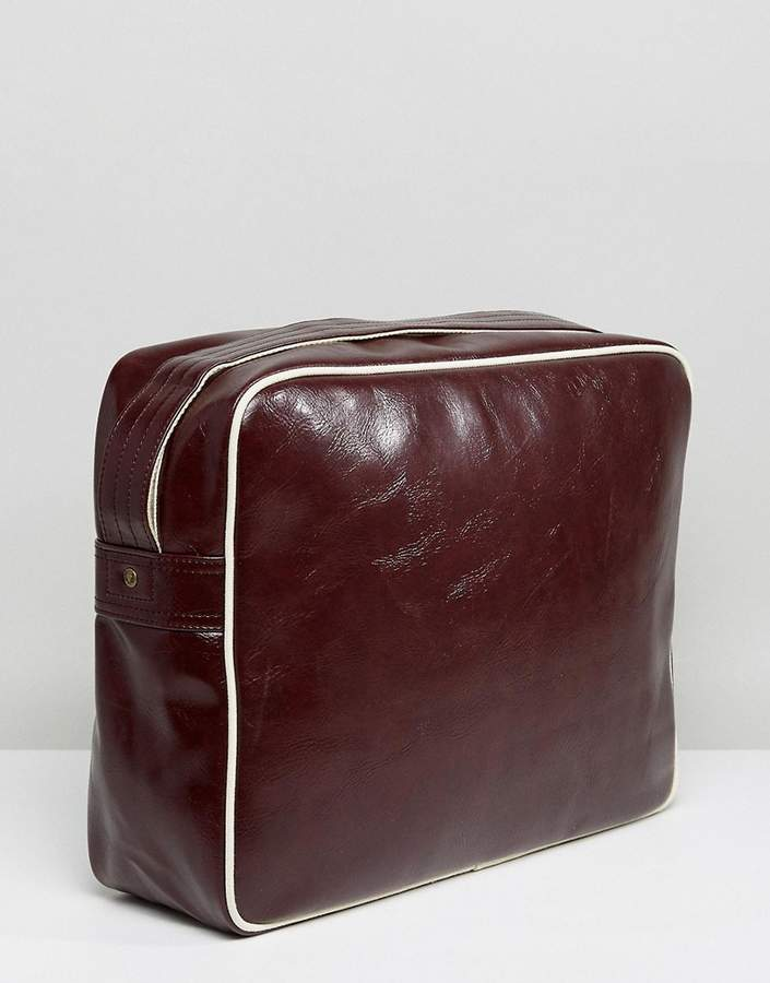 Fred Perry Messenger Bag In Maroon