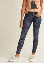 Five-Pocket Floral Skinny Jeans in Dark Wash in XS - Skinny Denim Pant by ModCloth