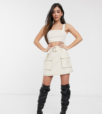 4th + Reckless Petite exclusive mini skirt with contrast stitching in white