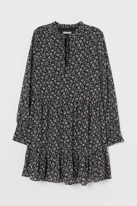 H&M Wide-cut Chiffon Dress - Black