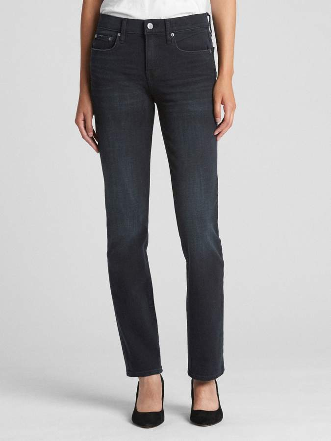 Gap Mid Rise Classic Straight Jeans in 360 Stretch