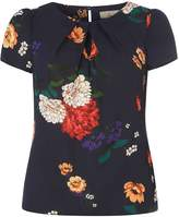 **Billie & Blossom Petite Navy Floral Shell Top