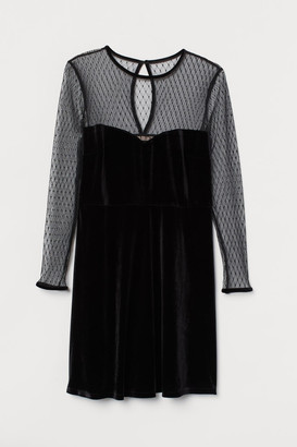 H&M H&M+ Velour Dress - Black