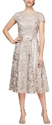Alex Evenings Short Sleeve Lace A-Line Tea Length Dress (Champagne) Women's Dress
