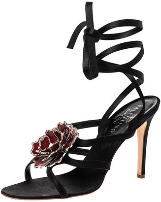 Valentino Black Satin And Red Enamel Crystal Flower Ankle Tie Up Strappy Sandals Size 39.5