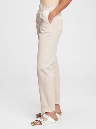 Gap High Rise Paperbag Pull-On Pants