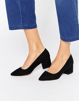 Carvela Knock Point Mid Heeled Shoes