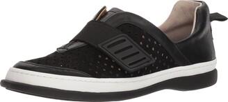 Adrienne Vittadini Footwear Women's Forum Sneaker