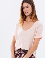 Maison Scotch Basic V-Neck Linen Tee