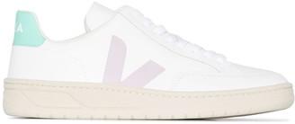 Veja V12 logo sneakers