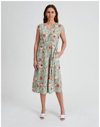 Regatta Extended Sleeve Split Neck Dress