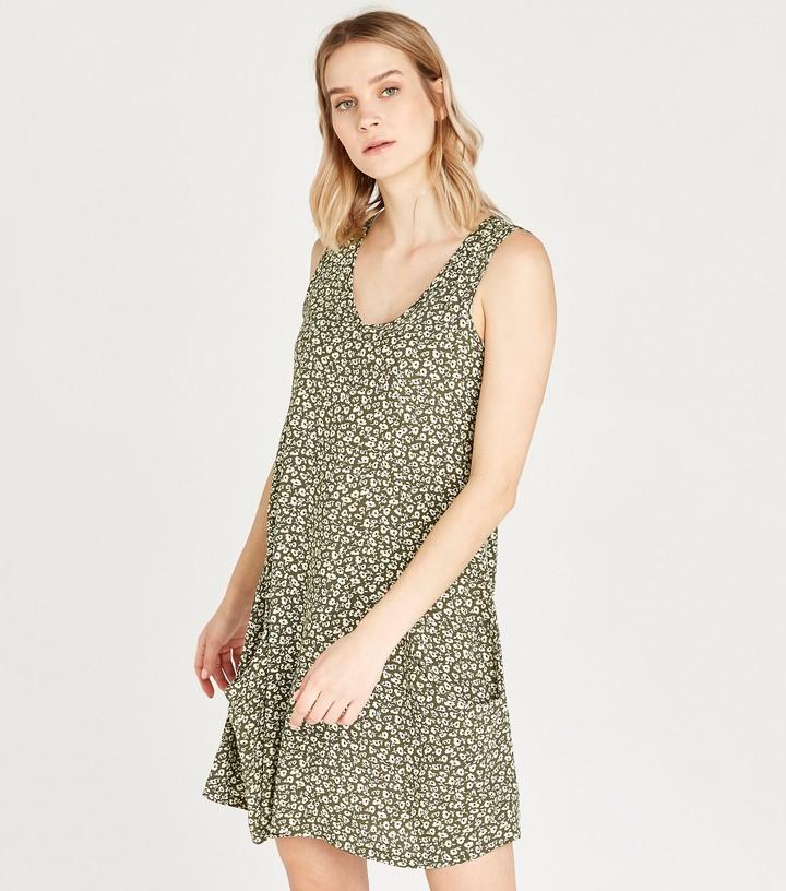 New Look Ditsy Floral Mini Dress