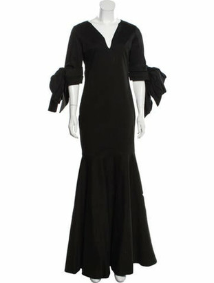 Leal Daccarett Bow-Accented Evening Gown Black