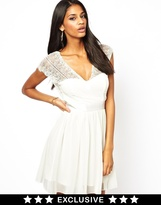 Elise Ryan Skater Dress with Scallop Back - Cream