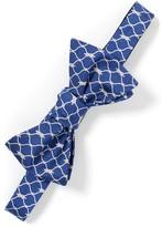J.Mclaughlin Italian Silk Bowtie in Knot Link