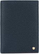 Versace Medusa Head passport case - men - Calf Leather - One Size