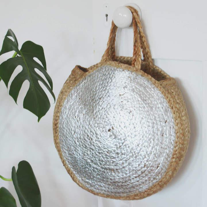 Marquis & Dawe Silver Metallic Circular Basket Bag