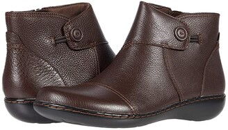 Clarks Ashland Holly (Dark Brown Leather) Women's Boots