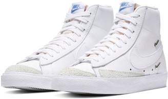 Nike Blazer Mid '77 SE High Top Sneaker