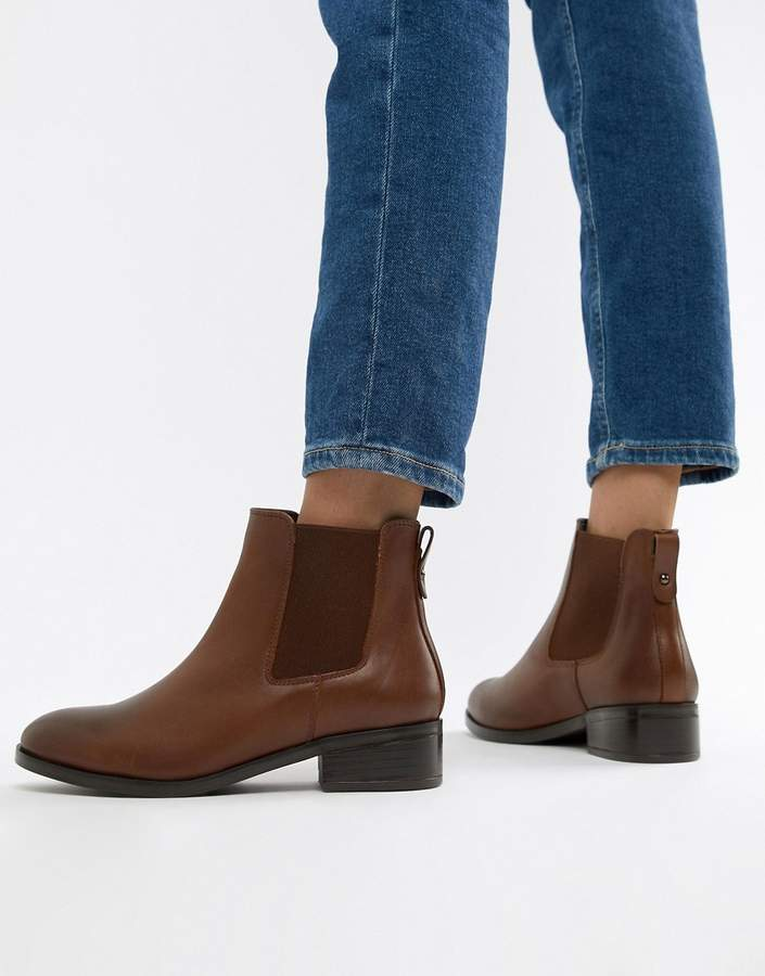 unbeatable price diversified in packaging how to orders leather chelsea boots