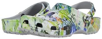 Crocs Classic Vacay Vibes Clog (Multi/Light Grey) Clog Shoes