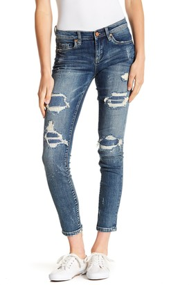 Blank NYC Reade Ripped Mid Rise Skinny Jeans