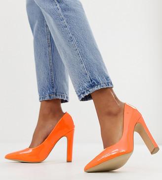 New Look wide fit pointed toe block heel shoes in orange
