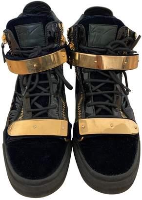 Giuseppe Zanotti Navy Patent leather Trainers