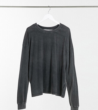 ASOS DESIGN Curve oversized long sleeve t-shirt with cuff detail in washed black