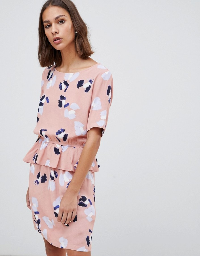 Minimum floral peplum hem mini dress