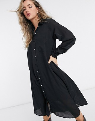 Vero Moda midi shirt dress in black