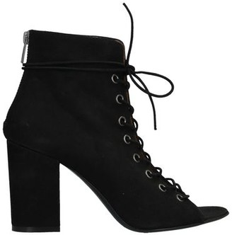 MY HEELS Ankle boots