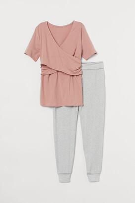 H&M MAMA Maternity/Nursing Pajamas