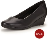 Foot Cushion Patricia Round Toe Mid Wedge Leather Shoes