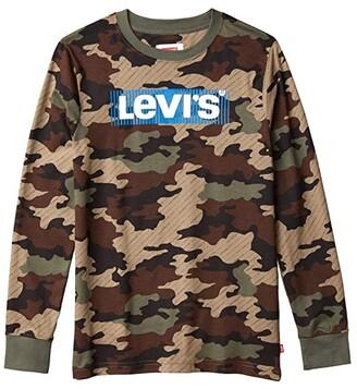 Levi's(r) Kids Long Sleeve Box Tab Graphic T-Shirt (Big Kids) (Thyme) Boy's T Shirt