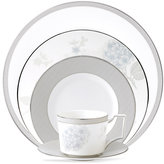 Wedgwood Dinnerware, Patina Platinum 5 Piece Place Setting