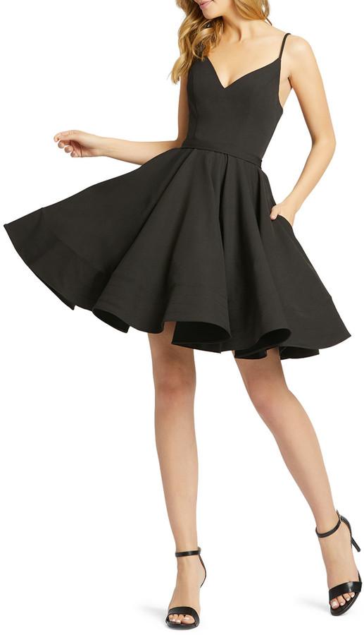 Mac Duggal Sweetheart Sleeveless Fit-and-Flare Dress w/ Pockets