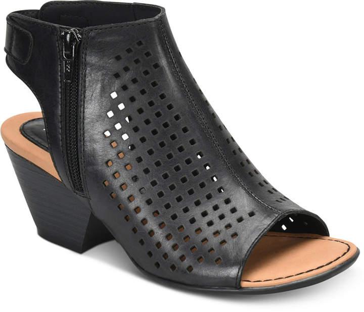 b.ø.c. Thebe Sandals Women Shoes