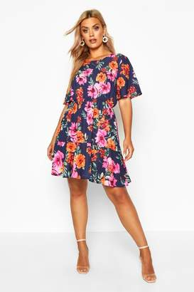 boohoo Plus Tiered Woven Floral Smock Dress