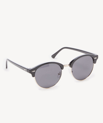Sole Society Women's Camiel Classic Frame With Metal Detail Black One Size PLASTIC From