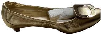 Roger Vivier Belle Vivier Gold Leather Ballet flats